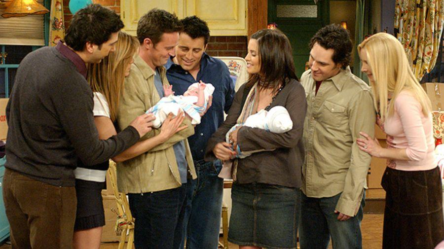 La serie finaliza cuando cada uno de los protagonistas se centra en su propia familia.