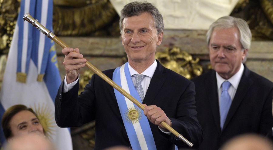 Mauricio Macri con Bastón presidencial_g 20190918