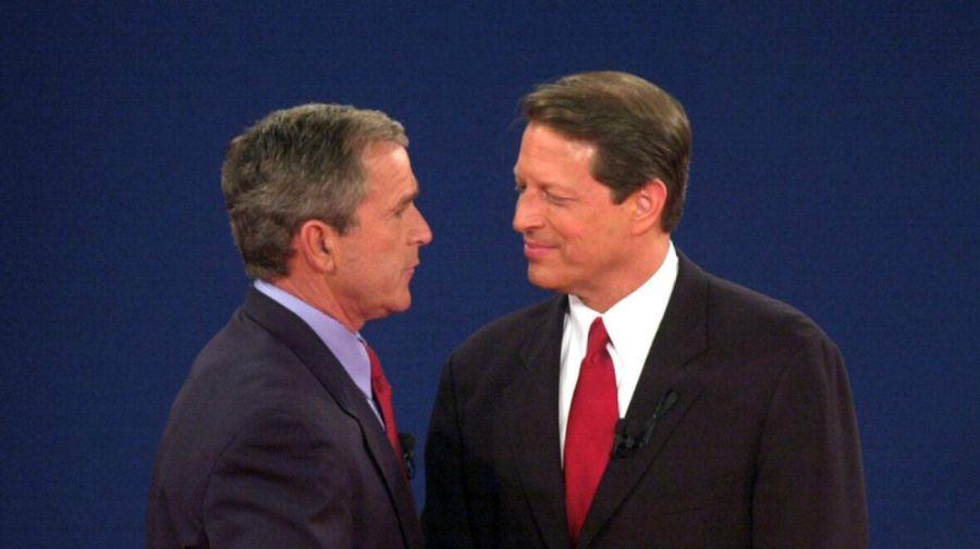 Al Gore en debate con George W. Bush, 2000