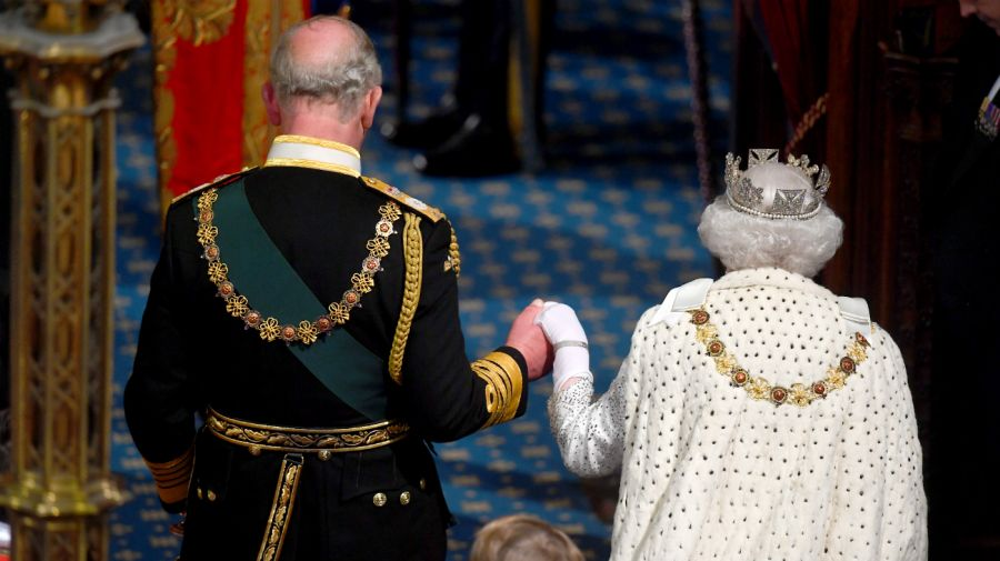 reina isabel ii parlamento brexit