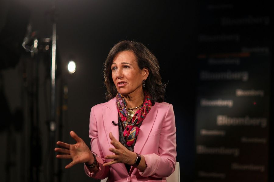 Banco Santander SA's Chairman Ana Botin Targets $1.4 Billion of Savings in New Strategic Plan