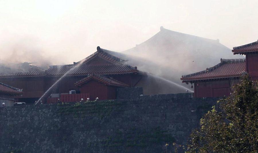 Incendio del Castillo de Okinawa 20191031