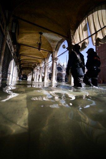 18 fotos de la mayor inundación de Venecia en los últimos 53 años