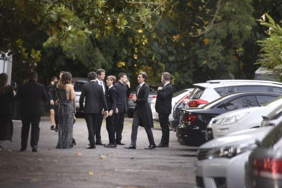 Roberto García Moritan, llegando a el casamiento.