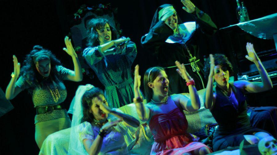 Este sábado 30 de noviembre se festeja en Buenos Aires el Día del Teatro Independiente.