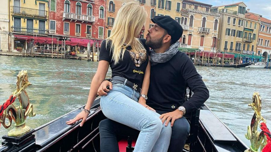 Ailén Bechara y su novio