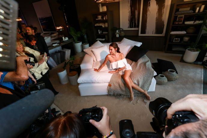 Pampita lanzó su línea de muebles junto a Fontenla y el productor Joe Anthony