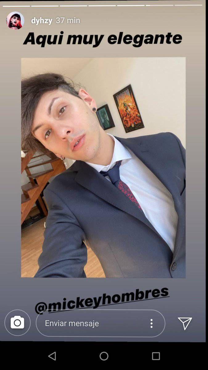 Estanislao Fernández: elegante look y guiño a la comunidad LGBT
