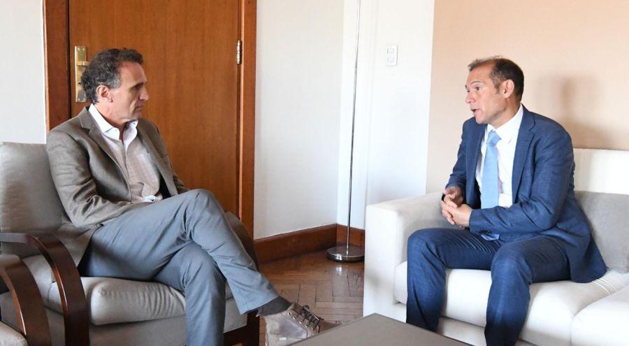 Omar Gutierrez, gobernador de Neuquén con ministros 20191213