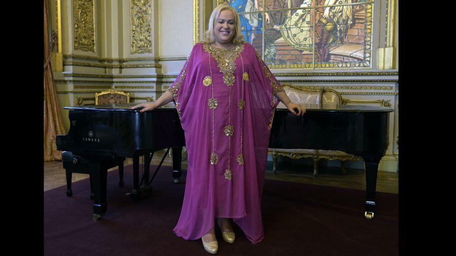María Castillo de Lima, la primera soprano transexual que brilla en el Teatro Colón
