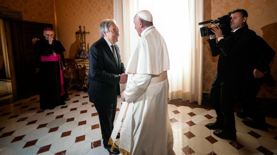 El papa y el secretario general de la ONU se reunieron en el Vaticano