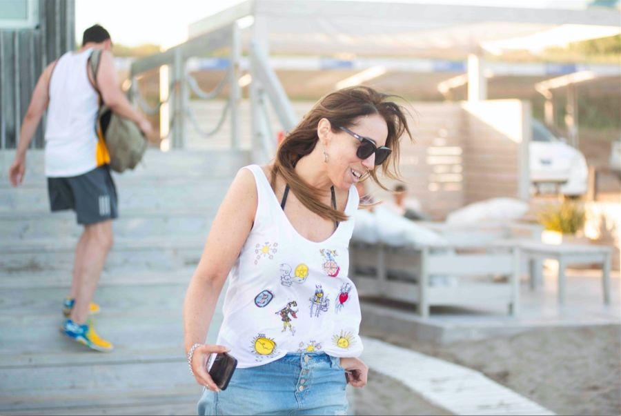 María Eugenia Vidal pasea por Pinamar
