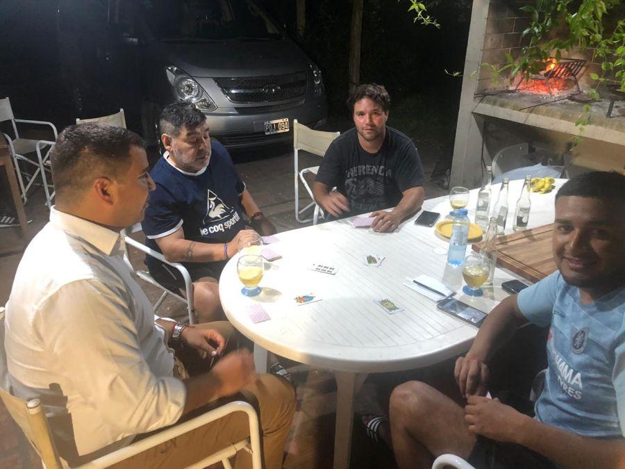 Diego Maradona con el diputado Rodríguez Saá