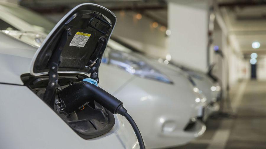 Qué hay que chequear al comprar un auto eléctrico usado