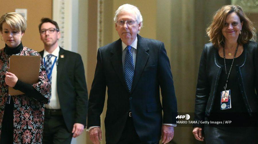 Mitch McConnell, líder republicano del Senado, fue el engranaje clave para cerrar el paso del impeachment al presidente Donald Trump.