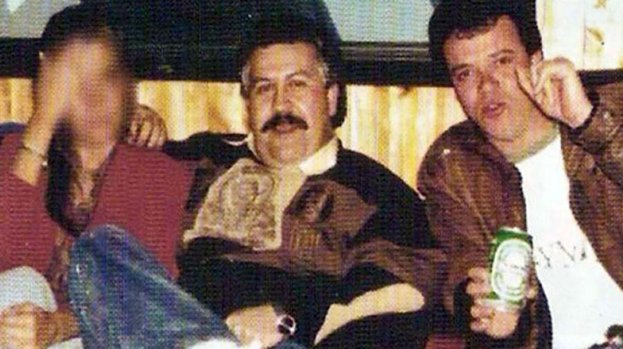 Popeye junto a Escobar