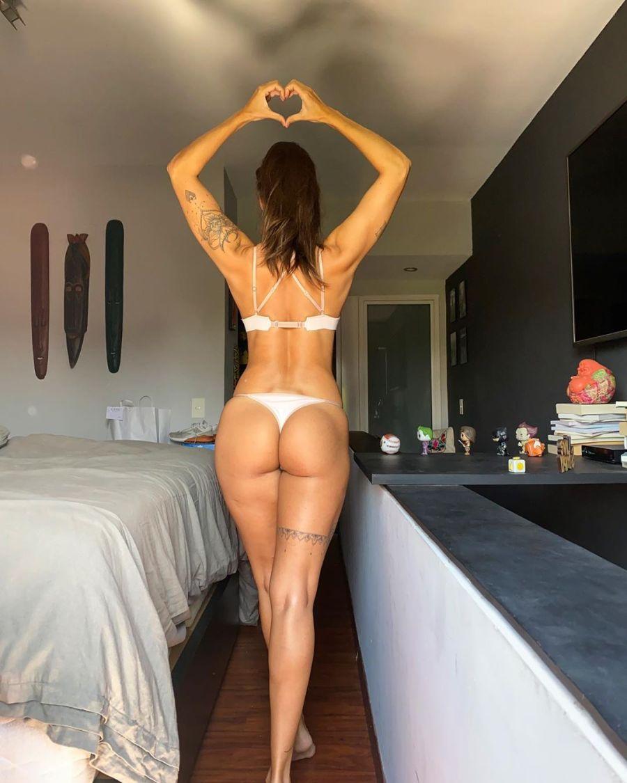 Ivana Nadal incendió las redes posando en ropa interior