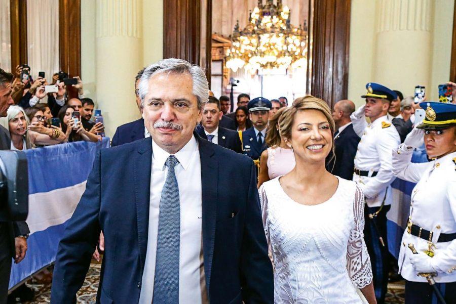 Duelo de estilos: Fabiola Yáñez y Cristina Fernández de Kirchner en la apertura de sesiones