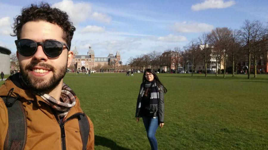 Pablo Rozas y Rocío Zaracho en su viaje por Europa.