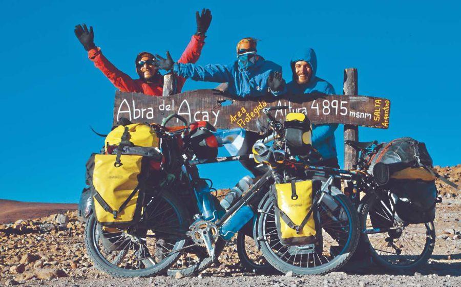 1603_abra_acay_bicicleta