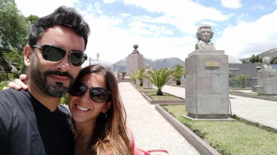 Daniela y Fernando, una pareja de argentinos varados en Ecuador