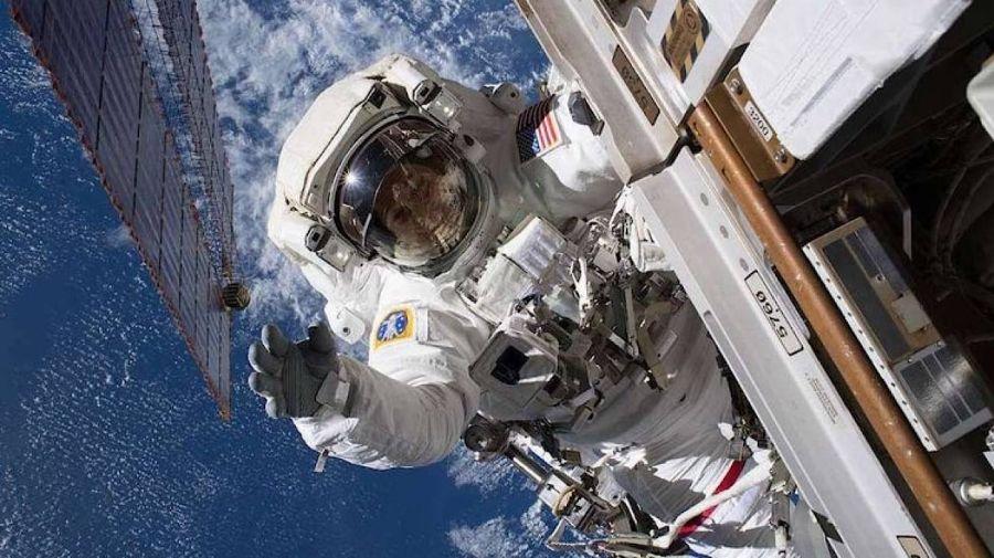 2403_astronautas_cuarentena_2