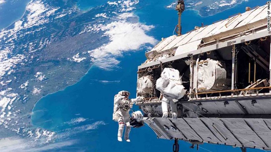 2403_astronautas_cuarentena_3