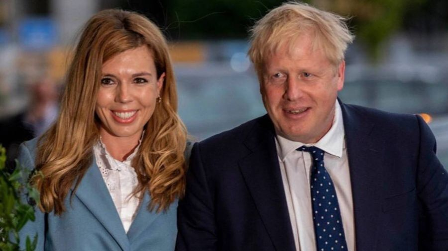 El drama de Boris Johnson: su mujer embarazada sufre síntomas del Coronavirus