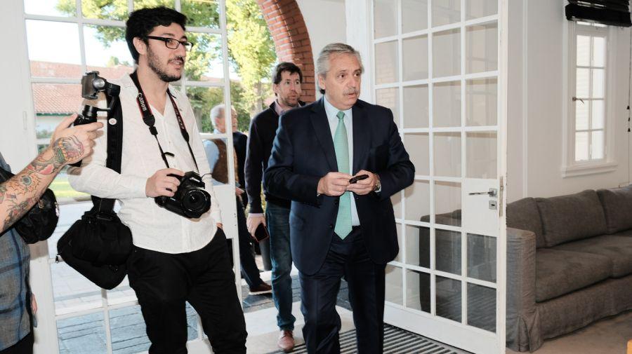 BACK ENTREVISTA FONTEVECCHIA A A. FERNANDEZ