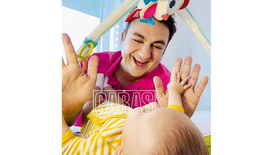 Topa presenta a su hermosa hija Mitai