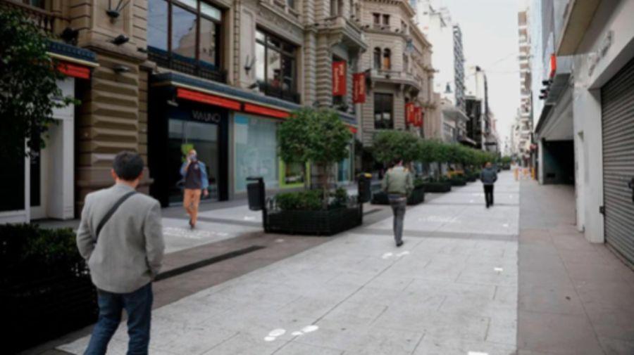 Se ubicarán demarcaciones en el piso para fomentar el distanciamiento social en veredas con alto tránsito peatonal.