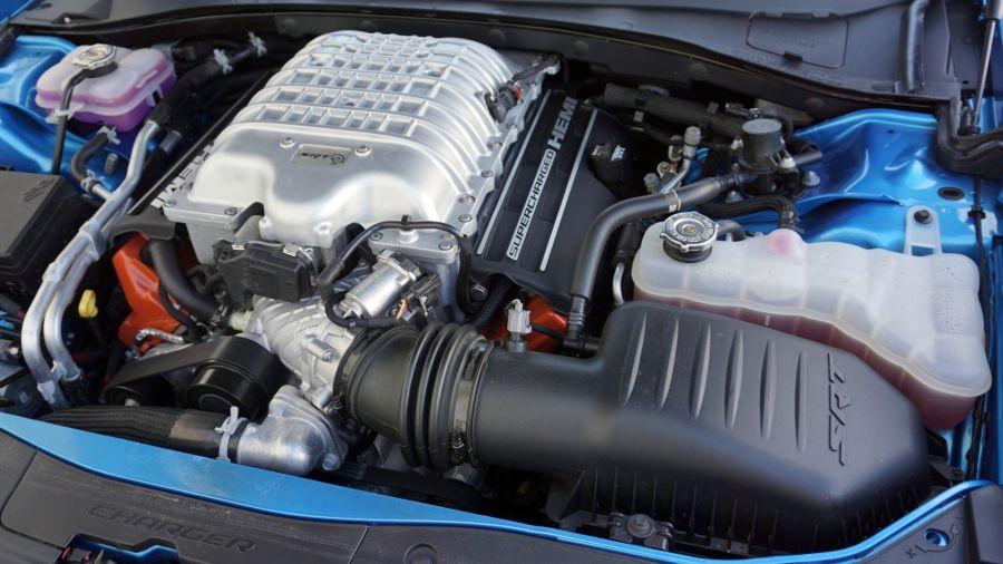 Aceleramos a fondo el SRT Charger Hellcat Daytona: 717 CV de felicidad