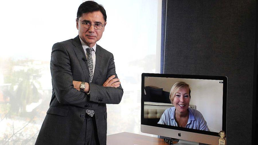 Gillian Tett, en la entrevista con Jorge Fontevecchia.