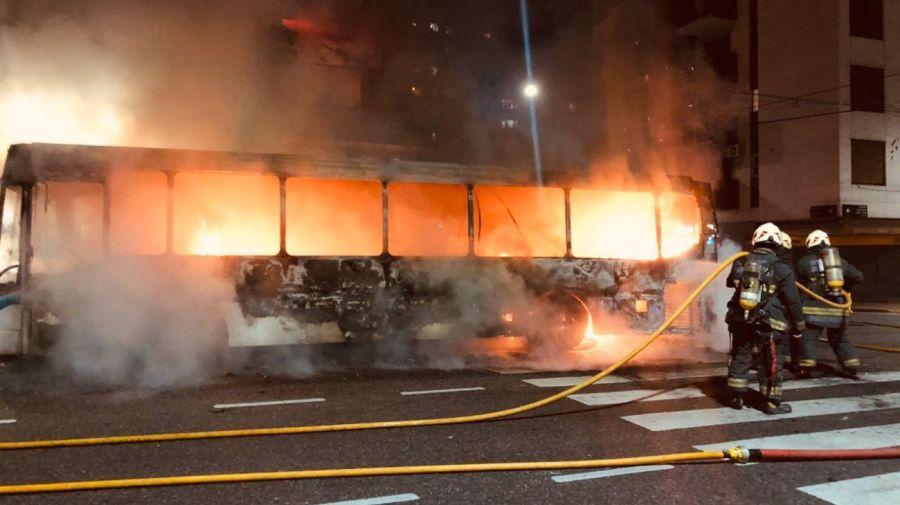 colectivo incendio fuego g_20200601
