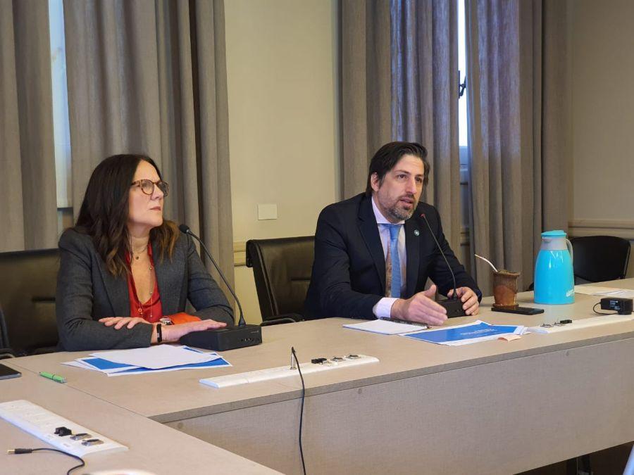 trotta encuesta docentes sobre educación en pandemia