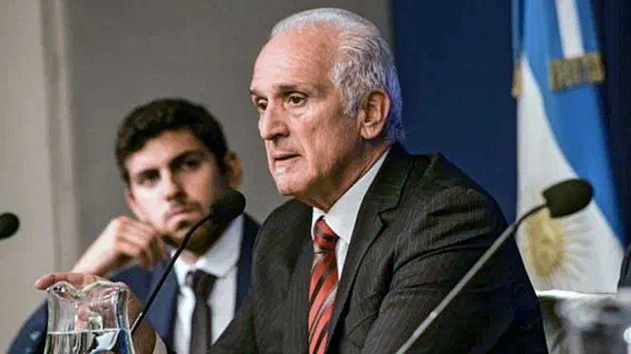 Carlos Cruz, titular de la UIF