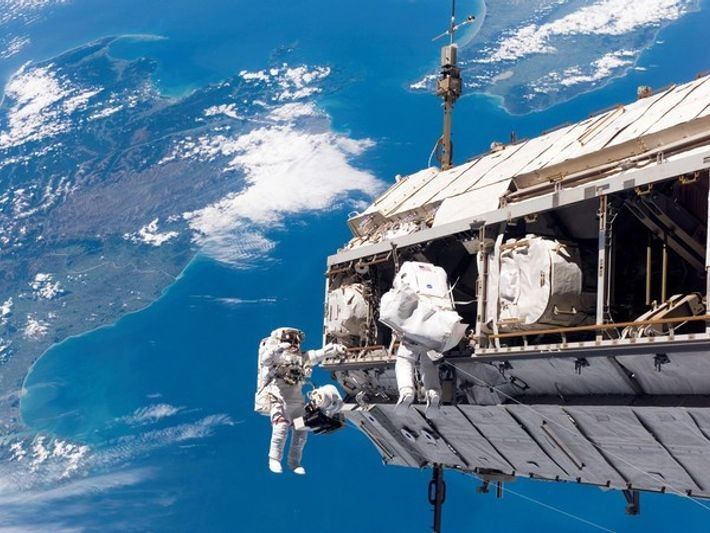 2606_paseos_espaciales