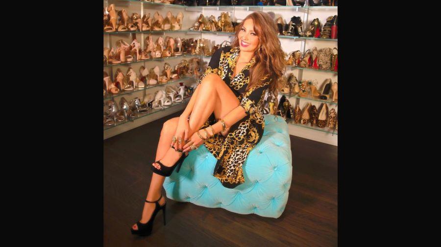 Thalía mostró su lujosa casa y su increíble colección de zapatos