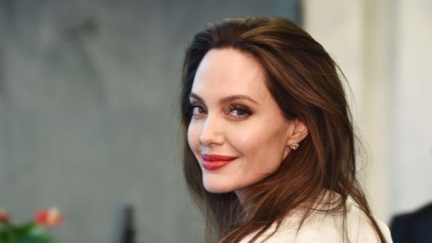 Preocupa la salud de Angelina Jolie: se niega a comer