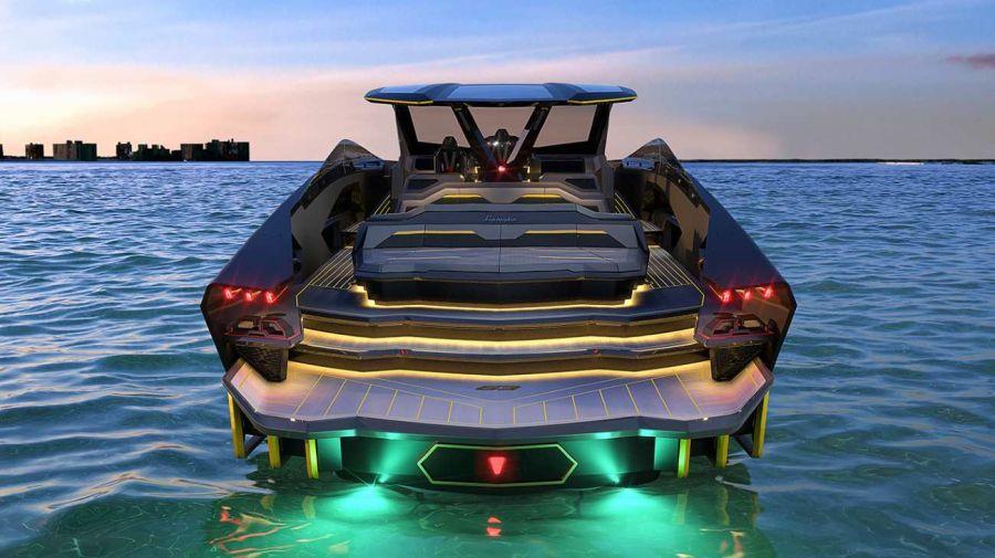 0107_yate_Lamborghini