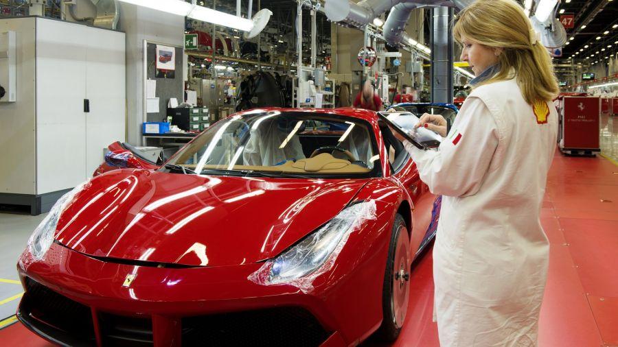 Ferrari, reconocida por la igualdad salarial entre mujeres y hombres