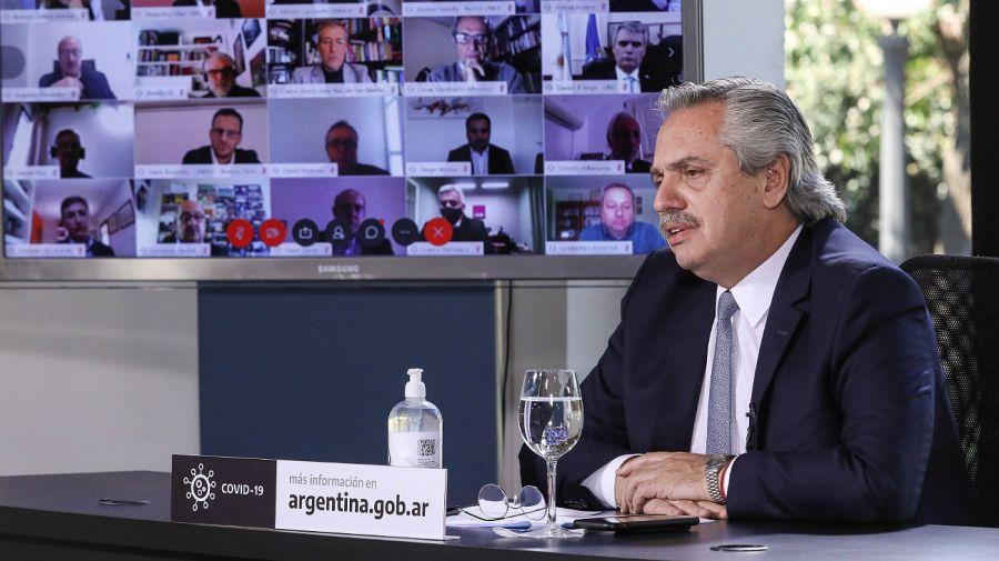 Alberto Fernández, al dialogar con rectores de universidades.