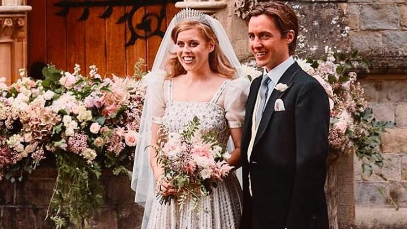 Beatriz de York y Edoardo Mapelli Mozzi en su casamiento