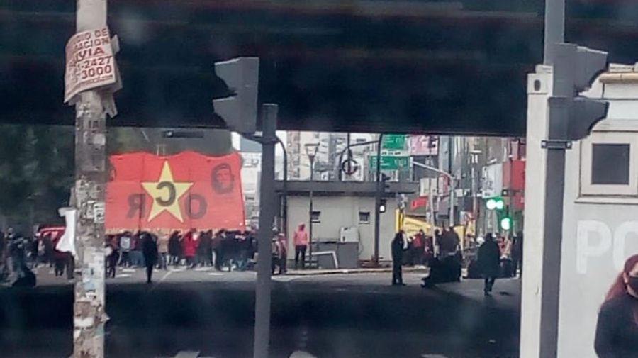 MOVIMIENTOS SOCIALES DE IZQUIERDA ENCABEZAN PROTESTAS EN PUENTE LINIERS Y EN TIGRE 20200721