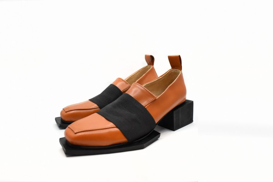 Zapatos con taco para varones