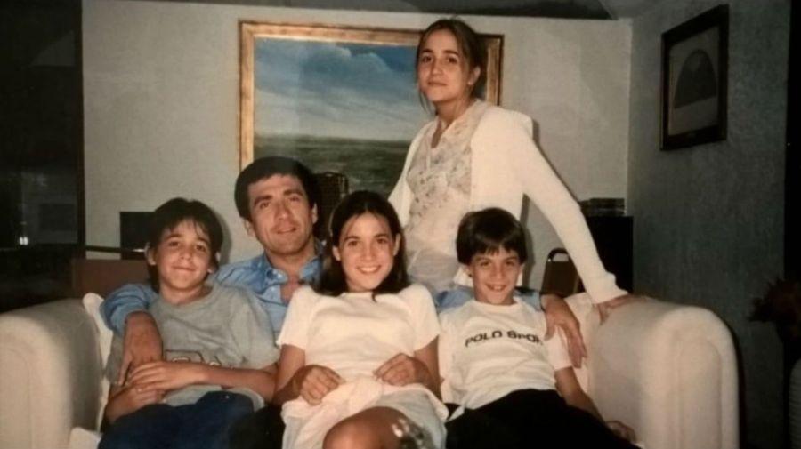 Marcos Gastaldi y sus hijos, Santiago, Valeria, Marcos y Camila
