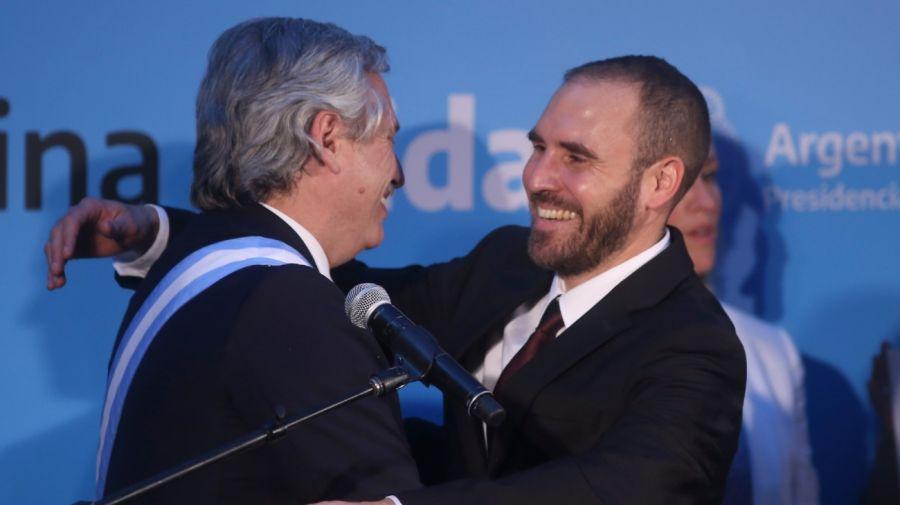 El presidente Alberto Fernández y el ministro de Economía Martín Guzmán, durante la asunción del 10 de diciembre.