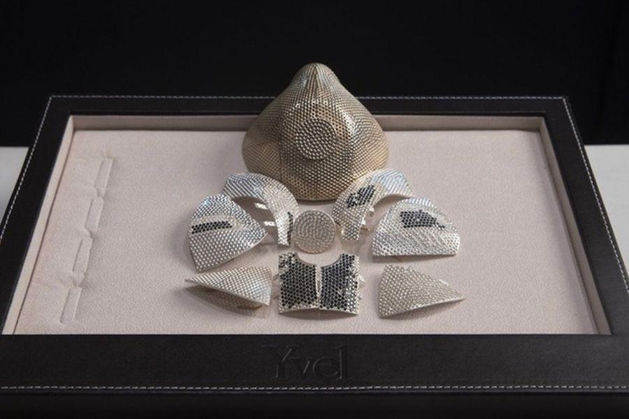 De oro y diamantes: así es el tapabocas más caro del mundo