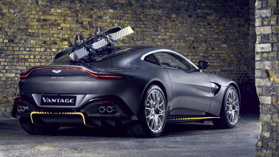 Aston Martin lanzó dos autos inspirados en el nuevo film de James Bond