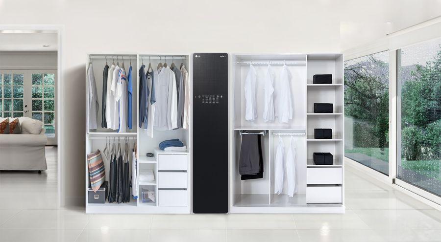 Un armario con vapor que elimina las bacterias de tu ropa